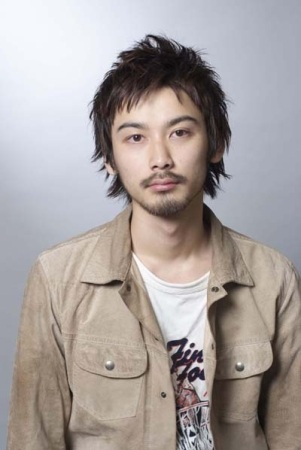Cortes de cabello japoneses y coreanos para hombres